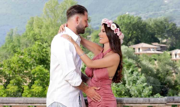Alessia Macari e il compagno, Facebook