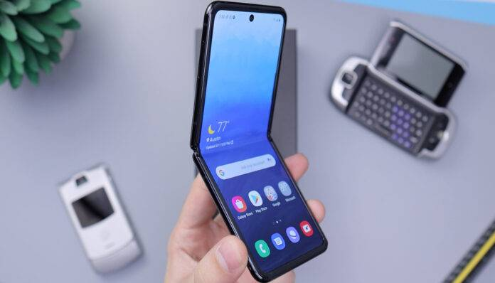 Galaxy Z Flip Smartphone pieghevoli (Unsplush)