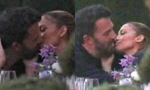 Jennifer Lopez e Ben Affleck on Facebook