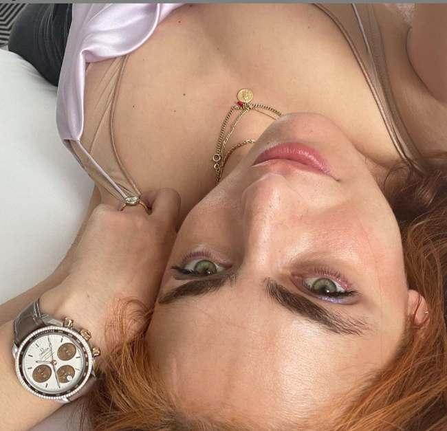 Miriam Leone: lo scatto dal letto mostra tutto di lei-FOTO