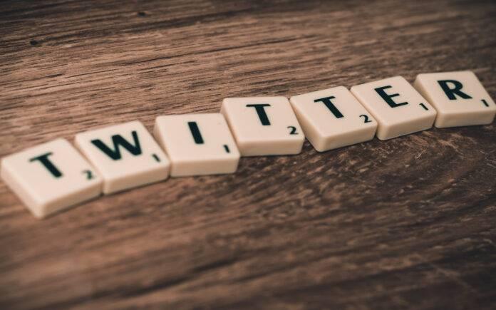 Scritta Twitter Fleets (Pixabay)
