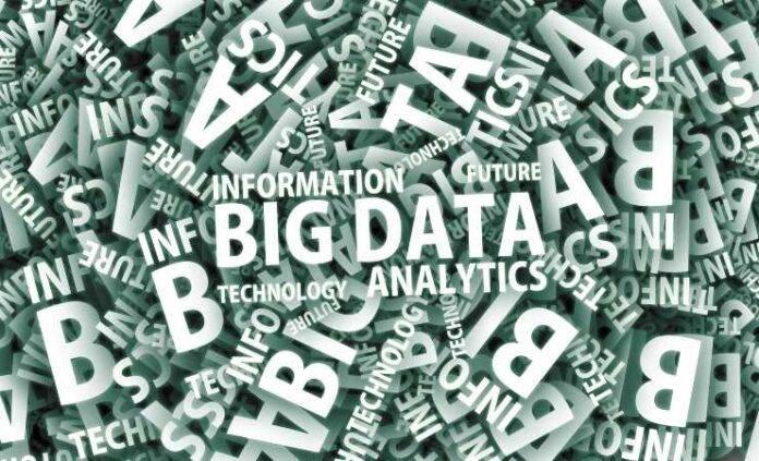 Scritte Big data (Pixabay)