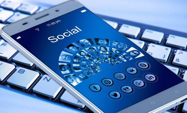 Smartphone Koo india (Pixabay)