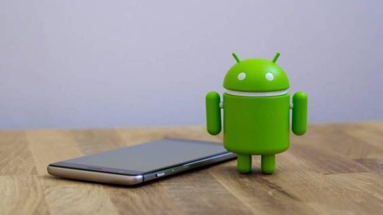 Test drive su Samsung One UI 4 per Android 12: ecco il video