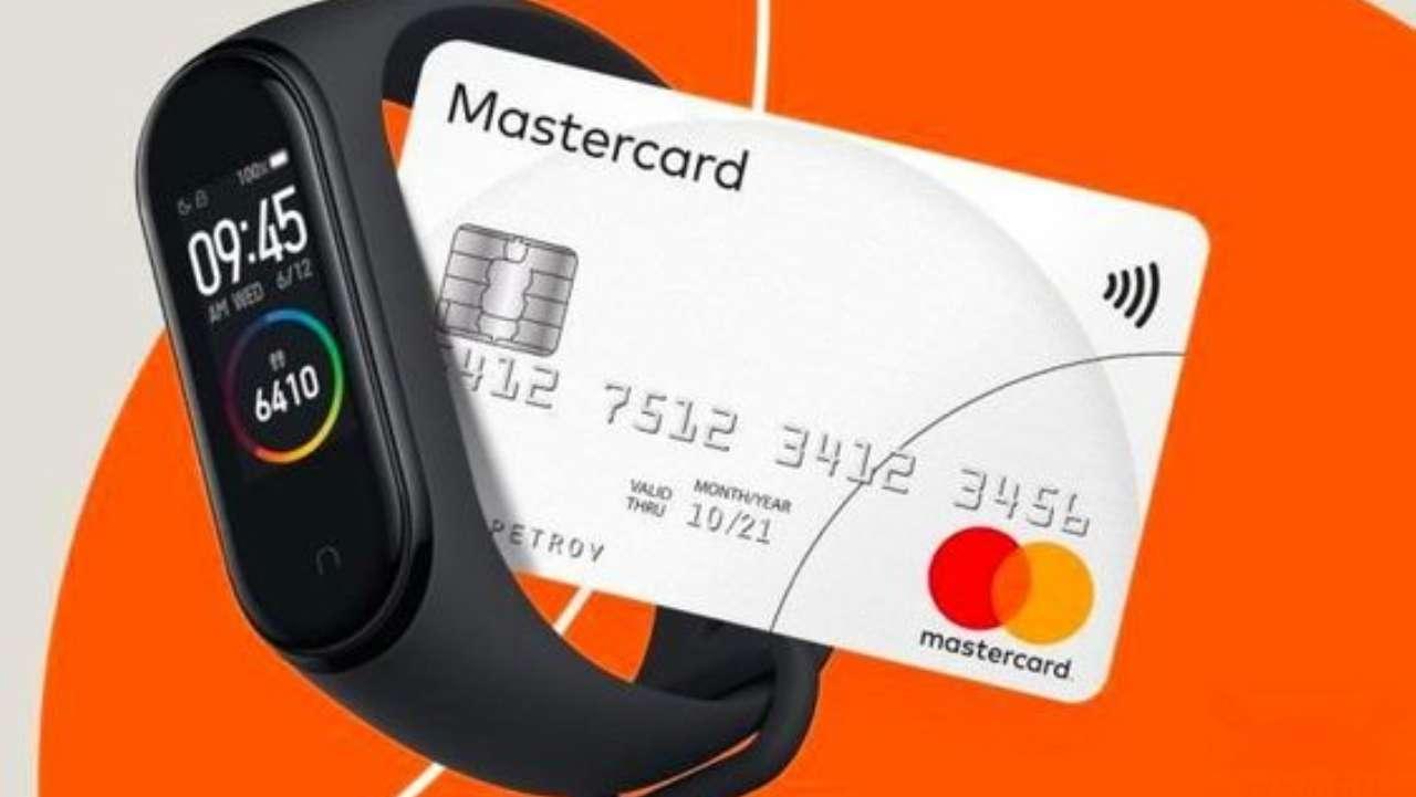 Xiaomi Mi Band 6 NFC, ora supporta le banche per facili transazioni